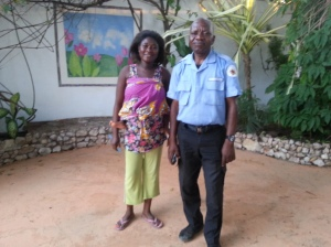 Vivian und der Security-Mann von der Tagesschicht